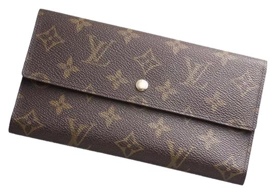 Preload https://img-static.tradesy.com/item/24456382/louis-vuitton-brown-france-monogram-canvas-long-sarah-wallet-0-1-540-540.jpg