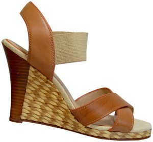 Tommy Bahama Straw Tan Wedges