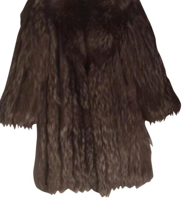 Item - Silver & Brown. Coat Size 10 (M)