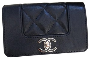 Chanel Chanel Card Holder in Black Calfskin and Gold Hardware