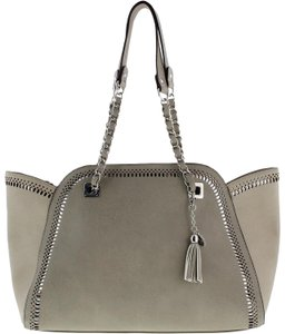 Jessica Simpson Tote in Gray