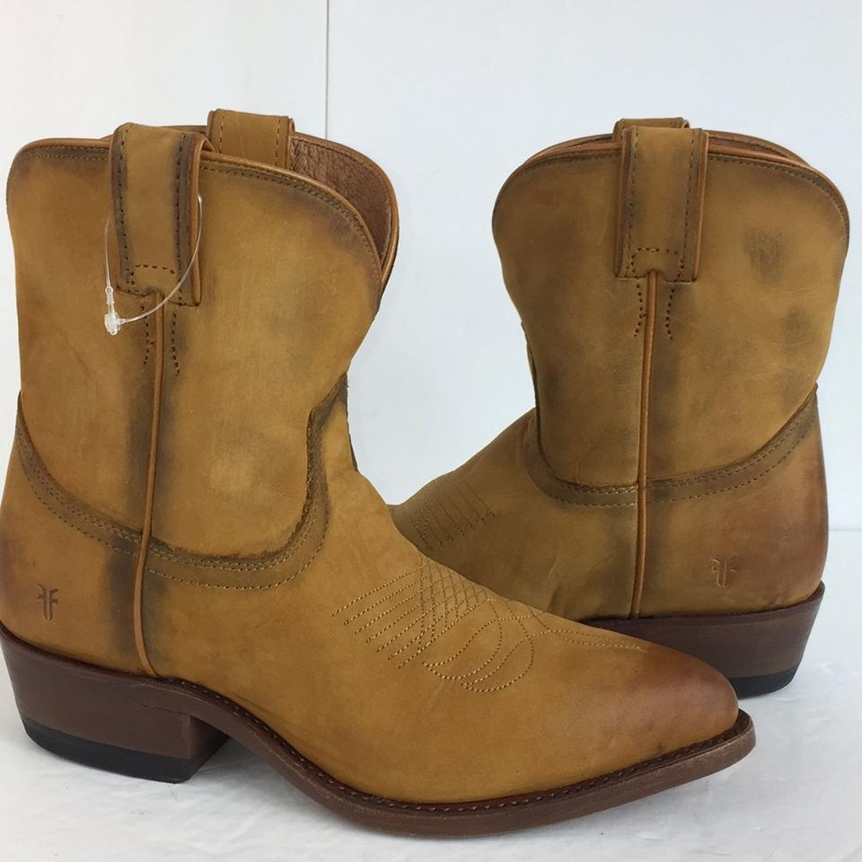 93e67fa9937 Frye Cognac Girl New Western Distressed Leather Billy Short Cow  Boots/Booties Size US 8 Regular (M, B) 67% off retail