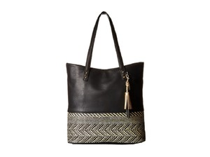 Jessica Simpson Tote in Straw Black/Black