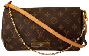 Louis Vuitton Monogram Favorite Pochette Strap Cross Body Bag