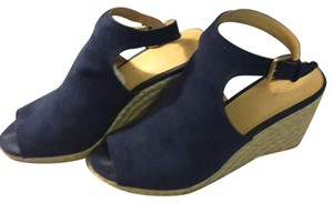 Apt. 9 Navy Wedges