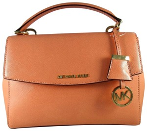 Michael Kors Leather 190049130964 Satchel in Peach