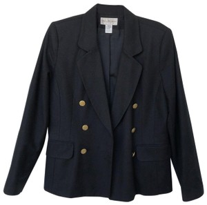 Kim Rogers Gold Classic Fashion Outfit Black Blazer