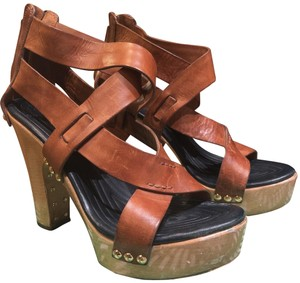 Givenchy Chestnut leather with pine-colored platform Sandals