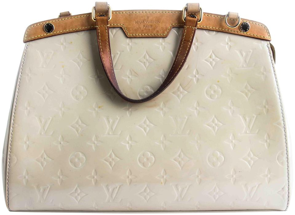 b38712a733031 Louis Vuitton Brea Blanc Corail Monogram Vernis Mm Beige Leather Satchel