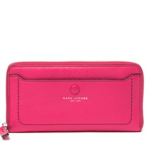Marc by Marc Jacobs Leather vertical zip around wallet