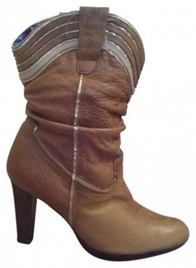 Preload https://item1.tradesy.com/images/tan-and-gold-leather-high-heel-cowboy-style-bootsbooties-size-us-75-regular-m-b-24465-0-0.jpg?width=440&height=440