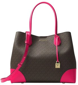 Michael Kors Canvas Brown Ultra 191935078797 Tote In Pink