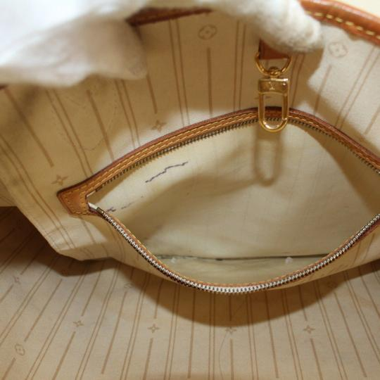 Louis Vuitton Neverfill Neverfold Neverfull Cream Neverfull Gm Tote in White Image 5