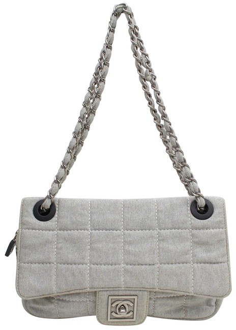 Item - Classic Flap Quilted Chocolate Bar 868985 Gray Canvas Shoulder Bag