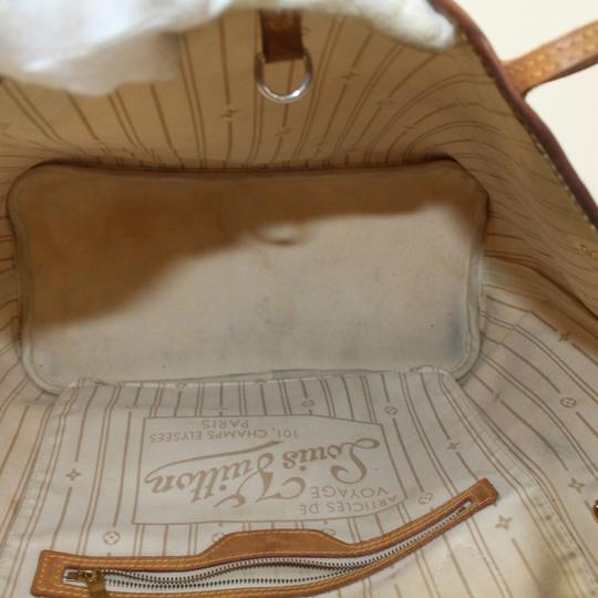 Louis Vuitton Never Full Neverfill Neverfold Neverfull Neverfull Gm Tote in White Image 2