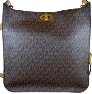 Michael Kors Canvas 190049505724 Brown Messenger Bag