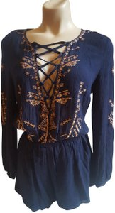 L'ATISTE Embroidered Longsleeve Short Holiday Dress