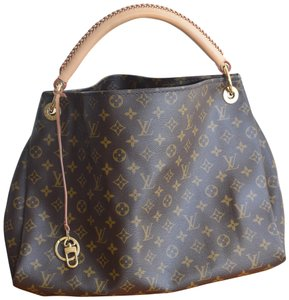 7093a6b60b4b Louis Vuitton Monogram Bags - Up to 70% off at Tradesy