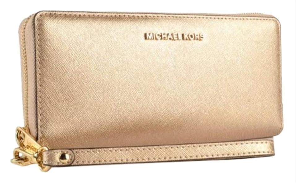 e13835b8dc01f Michael Kors Michael kors Jet Set Travel Leather Continental Wristlet wallet  Image 0 ...