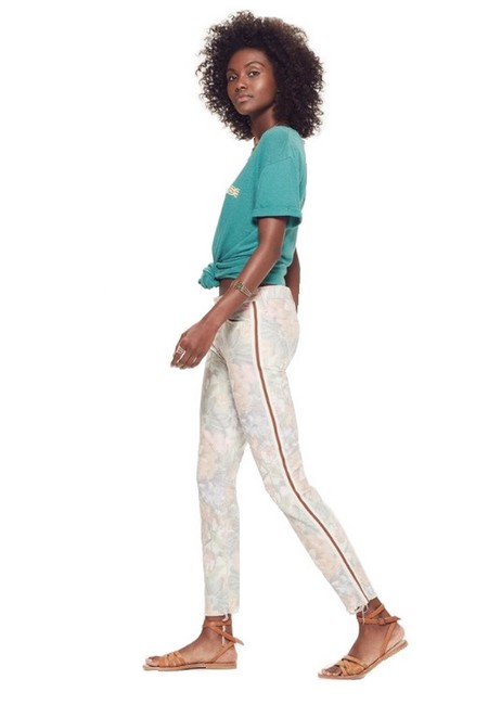 Item - Multicolor Looker Ankle Fray Floral Racer Capri/Cropped Jeans Size 27 (4, S)