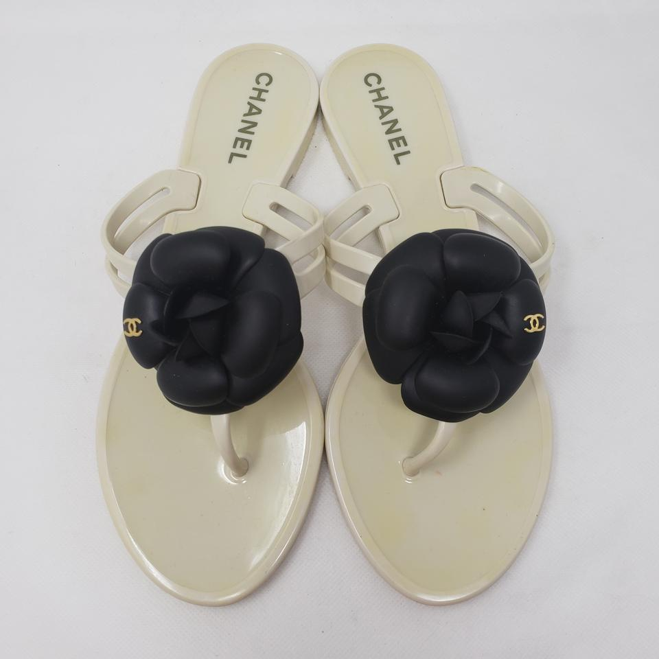 1c86699f586 Chanel White Jelly Thong Camellia Ss Logo Sandals Size EU 37 (Approx ...