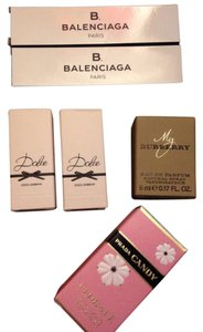 Burberry Women's Deluxe Sample Fragrance Set