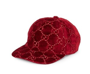 Gucci NWT Gucci red GG velvet baseball cap - size S/56