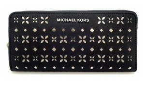 Michael Kors Michael kors Jet Set Perforated Zip Around Wallet 32t6stve3u