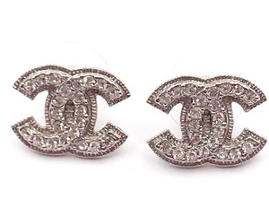 Chanel Chanel Classic Silver CC Rim Crystal Piercing Earrings