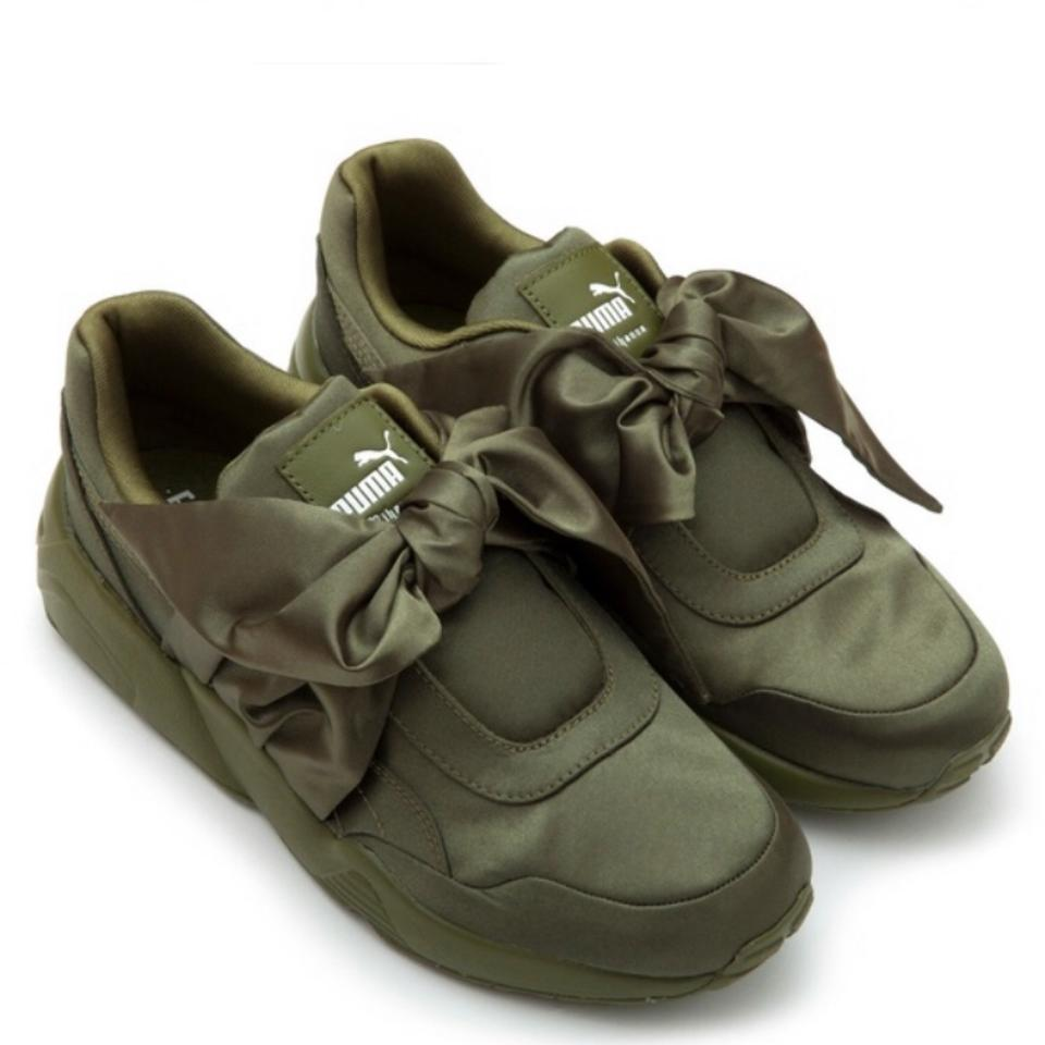 new product 60fa1 4868e Green Bow Sneaker Sneakers