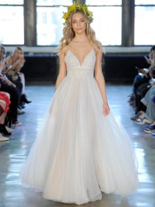 Watters White Lace and Tulle Thistle Feminine Wedding Dress Size 4 (S)