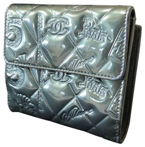 Chanel Quilted Patent No. 5 Compact Square Wallet 231495
