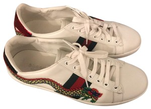 f2fc1c638e4 Women s Gucci Shoes - Up to 90% off at Tradesy