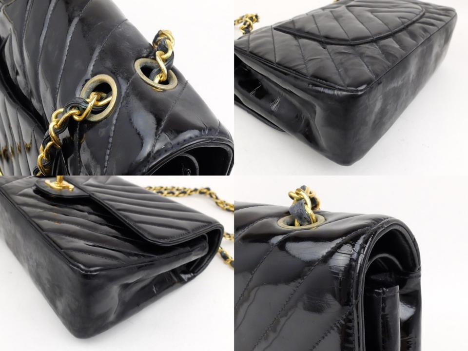 20e90dc58f6908 Chanel Classic Flap Jumbo V-stitch Caviar Shoulder Bag Image 10.  1234567891011