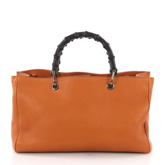 7427e1eb1bd Gucci Bamboo Shopper Medium Orange Leather Tote - Tradesy