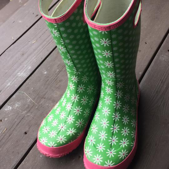 Bogs greens and pinks with Daisy pattern Boots Image 10
