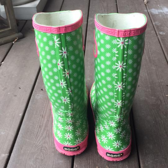 Bogs greens and pinks with Daisy pattern Boots Image 3