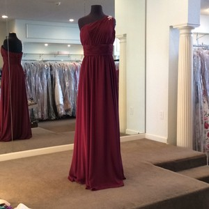 Mori Lee Wine Chiffon 655 Formal Bridesmaid/Mob Dress Size 10 (M)
