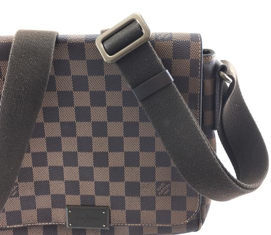Louis Vuitton Lv Damier District Pm Brown Messenger Bag Image 11