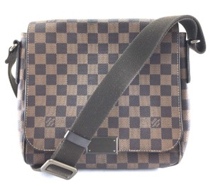 Louis Vuitton Lv Damier District Pm Brown Messenger Bag