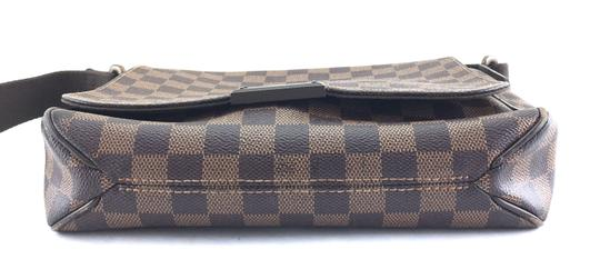 Louis Vuitton Lv Damier District Pm Brown Messenger Bag Image 3