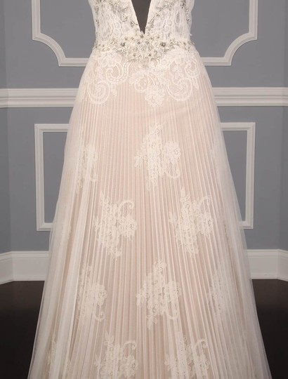 Isabelle Armstrong Silk White/Nude French Alencon Lace and English Net Willow Formal Wedding Dress Size 10 (M) Image 3