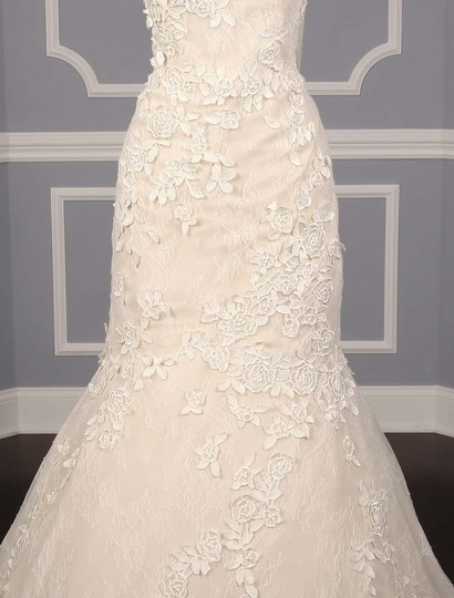 Liancarlo Ivory/Cream Chantilly Lace Guipure Lace 6891 Formal Wedding Dress Size 10 (M) Image 4