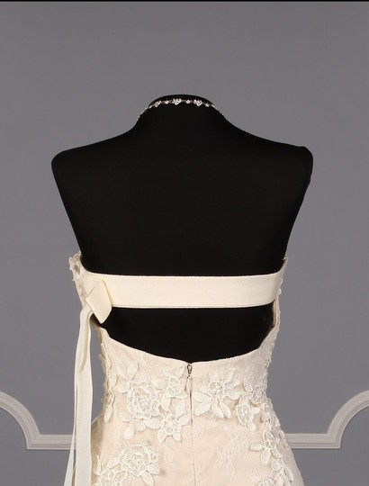 Liancarlo Ivory/Cream Chantilly Lace Guipure Lace 6891 Formal Wedding Dress Size 10 (M) Image 8