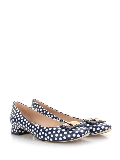 Tory Burch White Navy Blue Pumps Image 1
