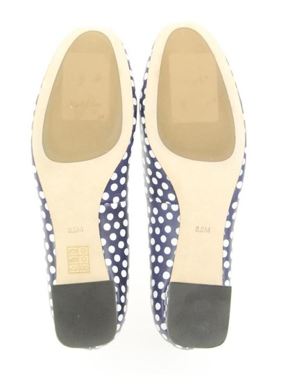 Tory Burch White Navy Blue Pumps Image 7