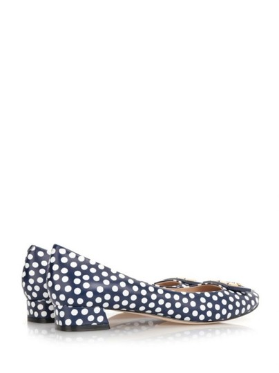 Tory Burch White Navy Blue Pumps Image 8