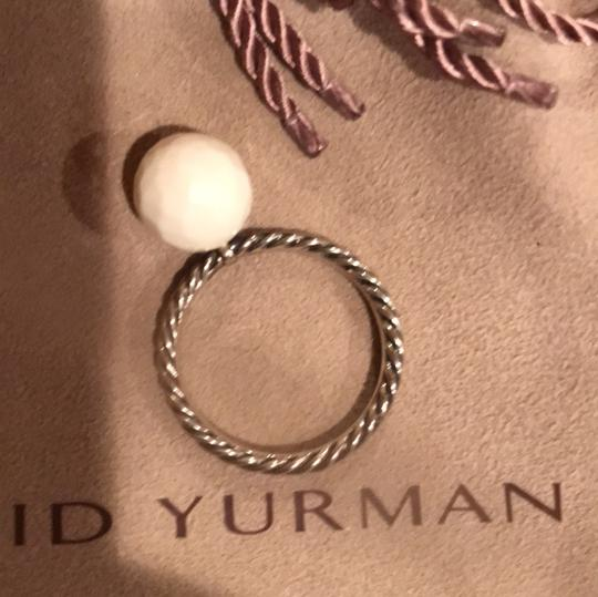 David Yurman small cable ring with white agate Image 1