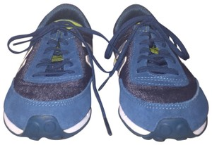 New Balance Teal/Yellow Athletic