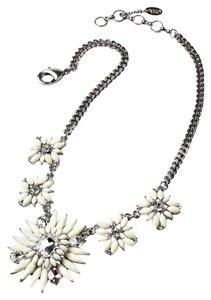 Amrits Singh Statement Amrita Singh Night Out Necklace Silver Ivory New